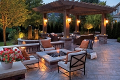 Elegant-Fire-Pit-Landscaping-Ideas